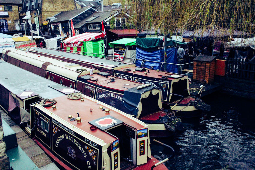 No People In A Row Music Day Boathouse Tourist Destination Winter Travel EyeEmNewHere Visual Creativity Travel Destinations City Life London Londres Candemlock Inglaterra Regentscanal Outdoors Adventures In The City Lifestyles Going Remote