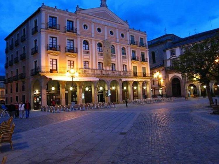 Teatro Juan Bravo, plaza mayor de Segovia. Estaes_segovia Estaes_castillaleon Estaes_europa Segovia
