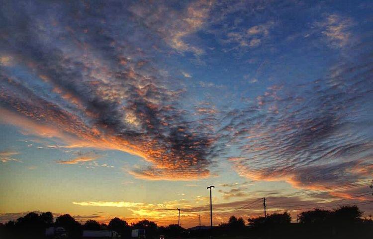 Brilliant sunset. WeatherPro: Your Perfect Weather Shot EyeEm Best Shots - Sunsets + Sunrise Sunset #sun #clouds #skylovers #sky #nature #beautifulinnature #naturalbeauty #photography #landscape Sunset Cloud Porn