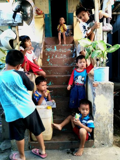 Hanging Out Childhood Indonesia_photography Streetphotography Everydayasia