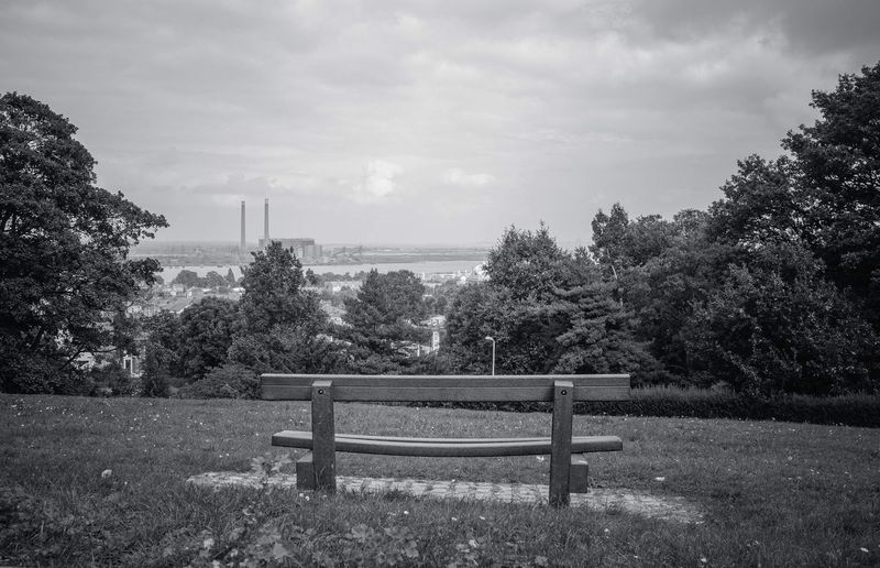 Seat with a View Blackandwhite Uk Gravesend Windmillhill Kent Viewpoint Thames River