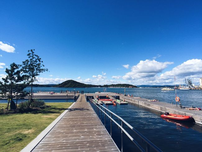 Oslo fjord and harbor, Sørenga new neighborhood, Summertime Oslo Oslo Norway Oslo, Norway Oslofjord Norway Norway🇳🇴 Sørenga Harbor Harbour Seaside Island Beach Blue Sky Sunny Day Water Blue Outdoors Nature Scenics Beauty In Nature Summertime Pool Poolside Summer Architecture