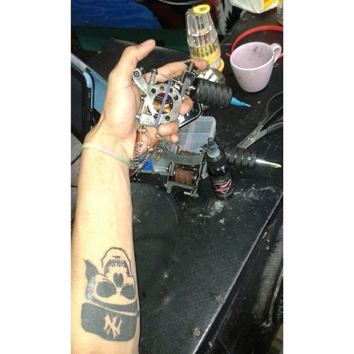 Time to assemble the ink,lets draw. Tattoo Machinetattoo Skull Sketch