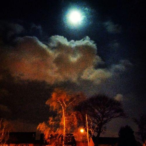 Huthwaite Huthwaitelovers Moonlight Moon cloudscape cloudstagram cloudsporn cloudsky trees