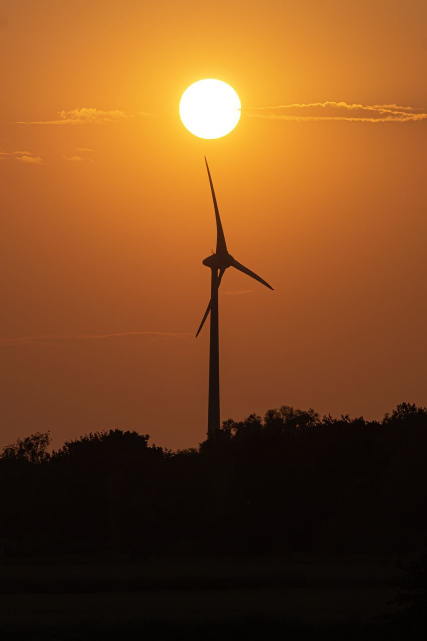 sunset, silhouette, sky, orange color, wind turbine, fuel and power generation, renewable energy, alternative energy, sun, turbine, wind power, environmental conservation, beauty in nature, scenics - nature, environment, nature, non-urban scene, no people, tranquility, tranquil scene, outdoors, sustainable resources, romantic sky
