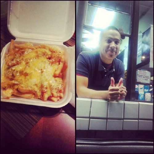 That awkward moment when you want chili cheese fries from Goldenox and you drive up the window and find your friend working =O haha @peaceloveramos @mmadridtpa