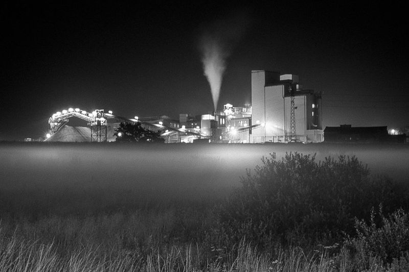 Luxembourg Eschalzette Industrial Nightphotography Landscape Mist Black And White Minolta5000 Filmisnotdead
