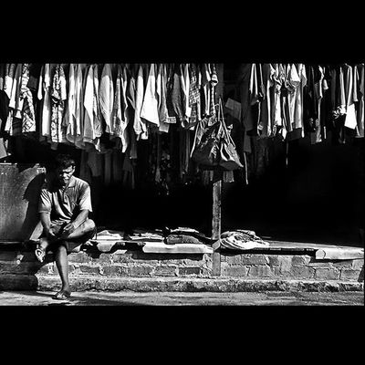 """Still Waiting"" @streetlife_award StreetLife_Award SreetLife_VM People Wonderfullkepri Wonderfulindonesia Indonesiajuara Bestpartofindonesia IndonesiaOnly Photooftheday Thephotosociety Streetphotography Streetphoto_bw Blackandwhitephoto Bw_indonesia Artphoto_bw Insta_bnw Bnw_globe Bw Bnw_worlwide Bestshooter_bw"