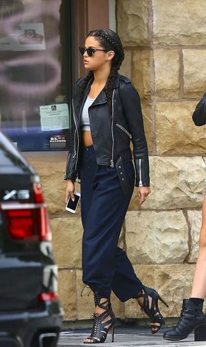 Omg! What a style! Selena Gomez ❤ Love ♥ Style
