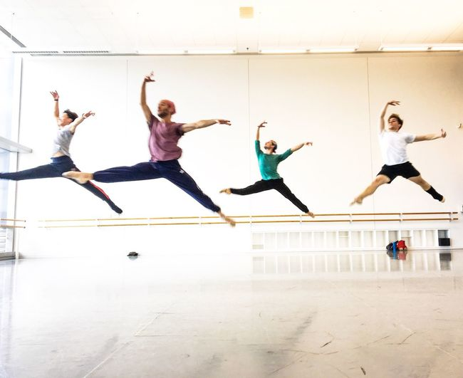 Rabbits Lifestyles Vitality Joy Ballet Dancer Dancer Capture The Moment