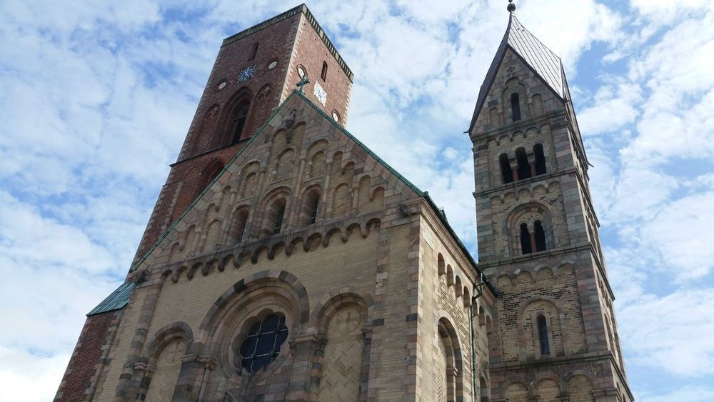Religion Architecture Cloud - Sky Sky Spirituality Built Structure Travel Destinations Outdoors Denmark Ribe Dänemark Danmark Kirche Tower Church Kirke Spirituality Clouds And Sky Architecture Been There.