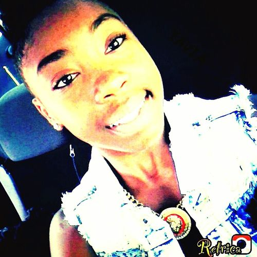 i smile cuz im worth itt Tavv Rocks
