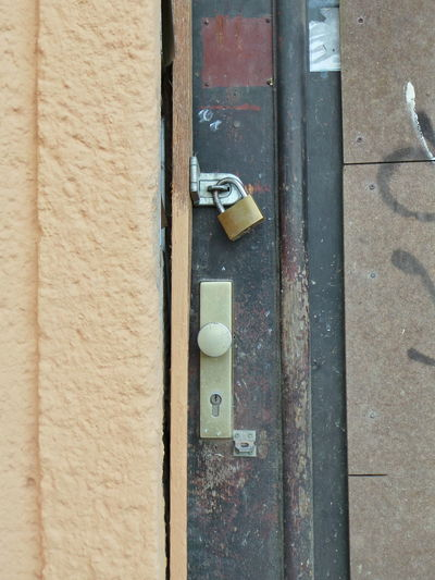 Door Leipzig Padlock Safety Sicher Ist Sicher Sicherheit Tür Vorhängeschloss