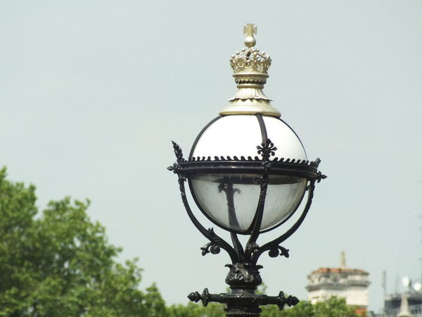 British Capital Cities  Crown Royal Lamp London LONDON❤ Streetphotography Tipical British Street Lamp Tourism No Filter, No Edit, Just Photography From My Point Of View