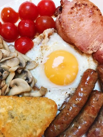 Egg Fried Egg Fried Food Breakfast Egg Yolk English Breakfast Food And Drink No People Close-up Indoors  Ready-to-eat Healthy Eating Bacon Freshness Day Sausage Bacon! Cherry Tomatoes Toasted Bread Mushroom Hashbrowns