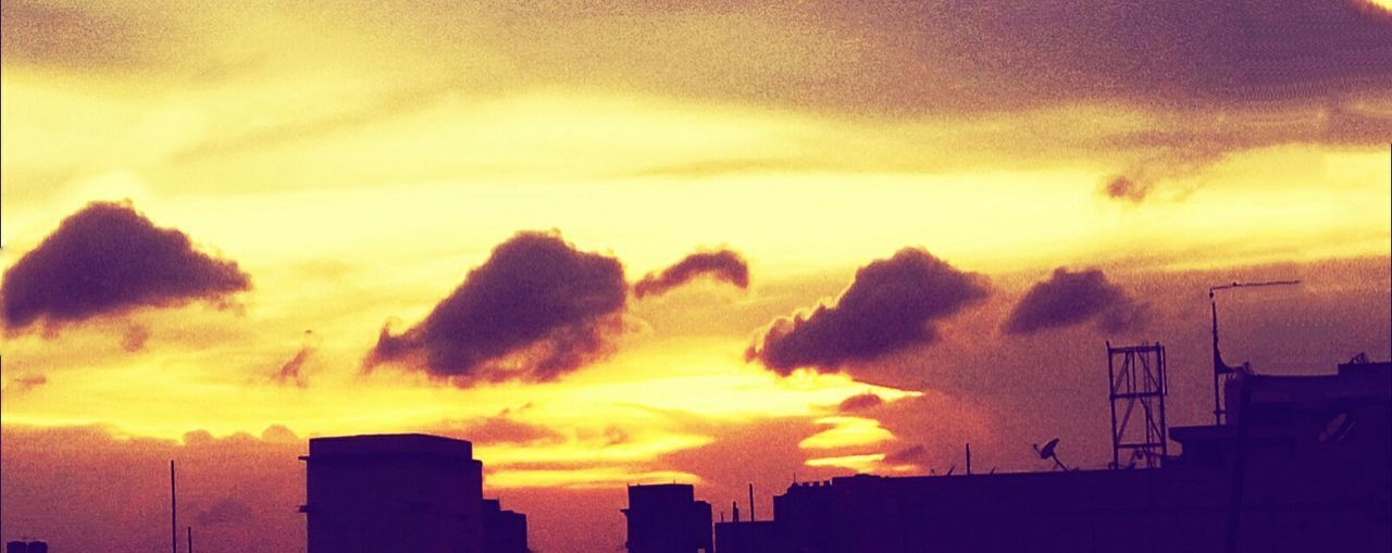 Outdoors Beauty In Nature Cloud - Sky Sunset No People EyeEmNewHere Art Is Everywhere Sunlight Animal Clouds Sky And Clouds EyeEmNewHere