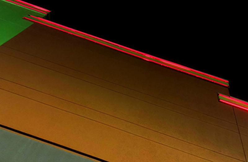 Neon Wall Top