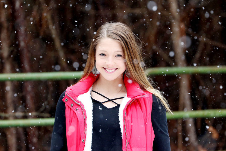 All Grown Up | A snowy 18th birthday shoot. Nature Nature Photography South Carolina Blond Hair Casual Clothing Cheerful Focus On Foreground Girl Happiness Lifestyles Long Hair Looking At Camera One Girl Only One Person Outdoors Portrait Real People Smiling Snow Standing