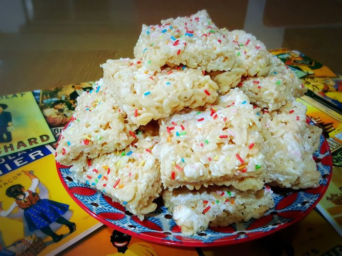 Crispy Rice Treats ! Yummy gluey marshmallows. .. ^_^ i made lots ! Munchies Snack Attack Yummy :) Love It What Makes You Calm My Homemade Taking Pictures