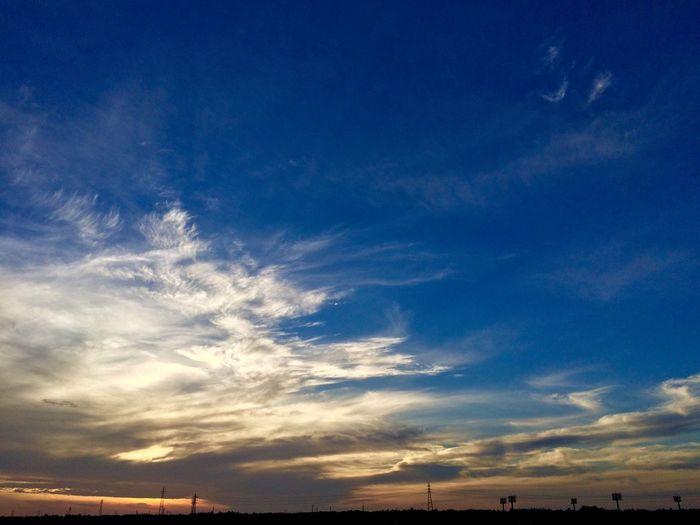 風が気持ちよい IPhoneography Clouds And Sky Sunrise