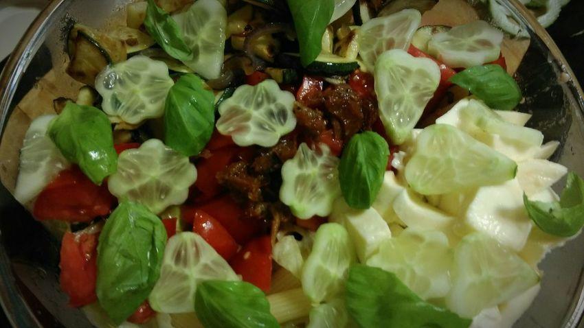 Healthy Eating Food Healthy Food Healthy Diet Cleaneating Foodporn Salad Bowl Salad Foodphotography Foodpic Saladporn Clean Eating Cleanfood Vegetablelover Veggiedinner Healthyfoodshare Healthyfoodporn Salad Time Vegetariandiet Vegetarian Lifestyle  Vegetarianfood