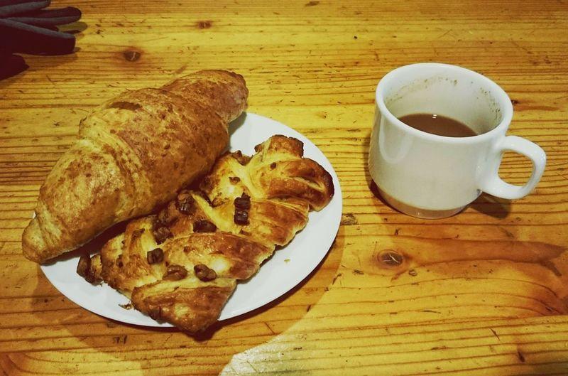 売切れ必至!標高3,000mで焼き立てパン🍞 Bread Breakfast Yummy Japan ~カメログまたここで~ 槍ヶ岳