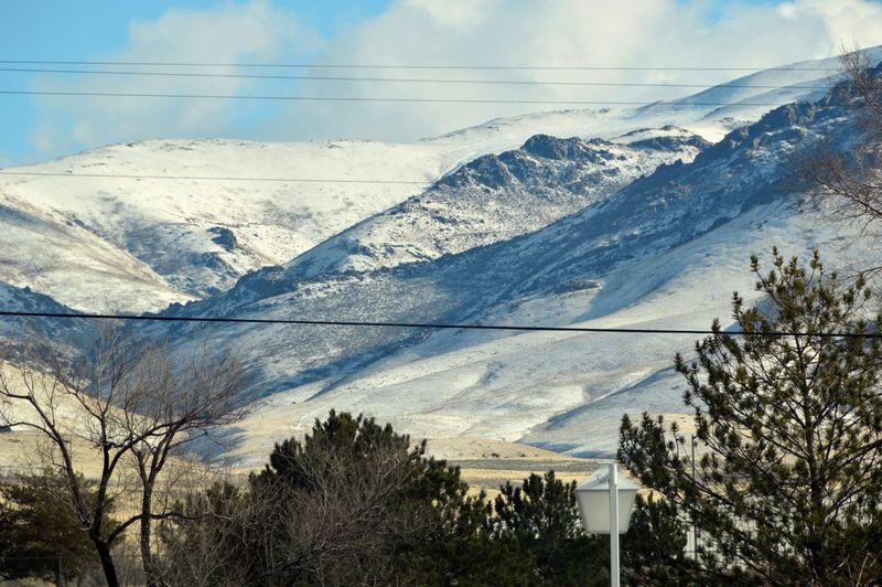 Sierrra Nevada Mountains Snowy Mountains Mountains