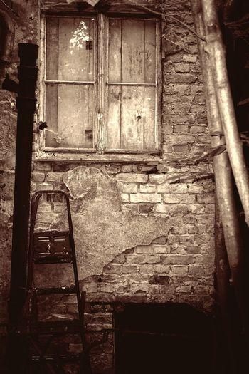 Ruine Doorway