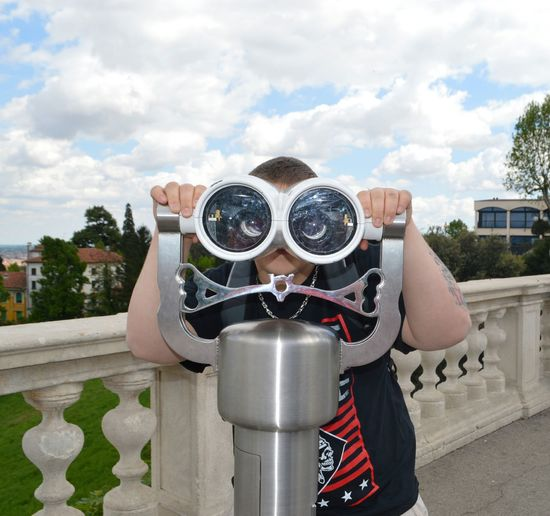 Italia Italy 🇮🇹 Tourist Vicenza Italy Coin-operated Binoculars Googly Eyes Italy❤️ Real People Scenic View
