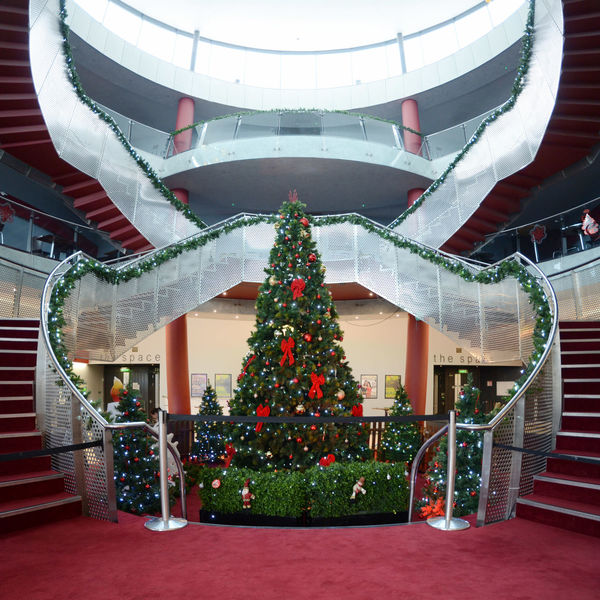 It's still Christmas! DCU The Helix Architecture Christmas Christmas Decoration Christmas Tree Red Bows Staircase