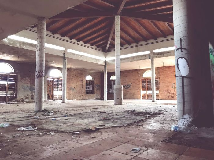 Destroyed Building Environmentalist Ruins_photography Ruined Building Leftbehind Architecture Built Structure Architectural Column Building Day No People Abandoned Indoors  Sunlight Old Run-down Damaged Empty Flooring Roof Beam