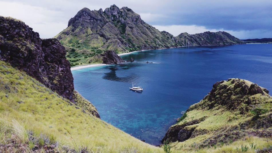 Sureal, Padar Island - komodo - Indonesia Enjoying Life Holiday Starting A Trip Traveling Getting Inspired Flores Nature Vscocam Landscape Life Is A Beach