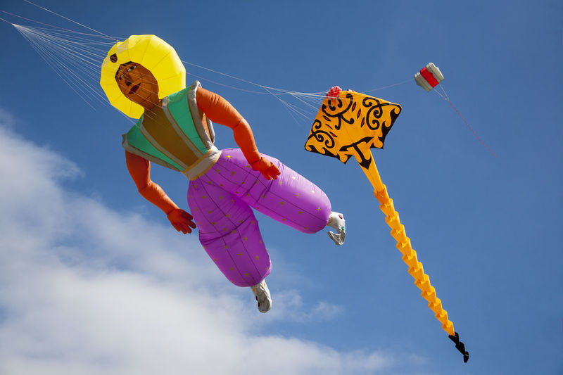 Southsea International Kite Festival 2016 Blue Blue Sky Blue Sky And Clouds Color Colour Day Flying Flying In The Sky Fun Kites Kites Flying Low Angle View Multi Colored Outdoors Sky Southsea Southsea Common Southsea International Kites Festival Strings Strings Attached