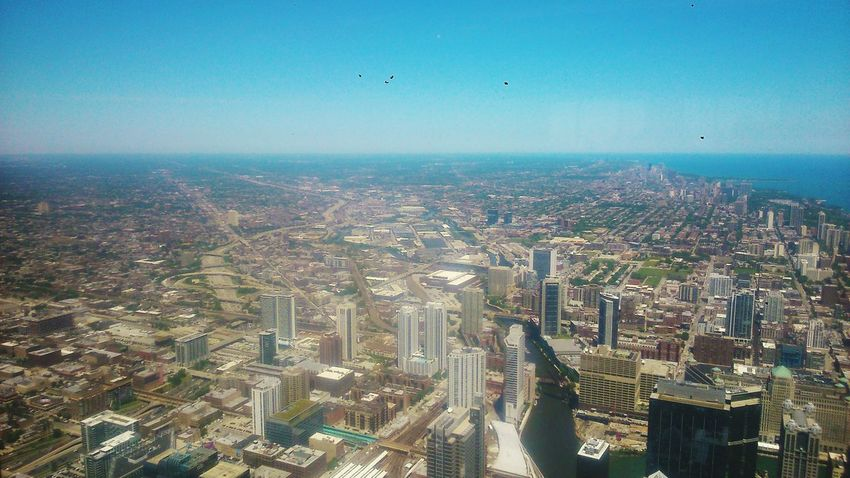 Lovely view of Chicago from the Willis Tower. Willistower Chicago City Large WOW High Ocean Buildings Bluesky Window