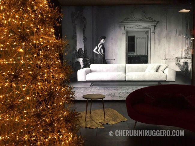 Se hai scritto una storia basta l'idea giusta per rendere un'immagine più bella, più emozionante. Christmas Christmas Tree Christmas Decoration Home Interior Christmas Ornament Indoors  Tree Day Cherubini Ruggero