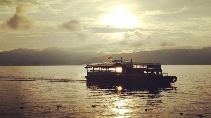Sailing around the lake... Sailing LakeToba  Ferri Boat