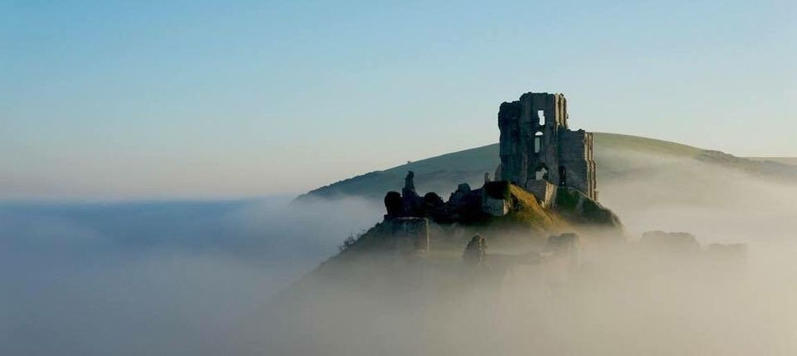 Corfe Corfe Castle Dorset Corfe Village Purbecks Purbeckhills Sunrise Early Morning Castle Misty Misty Morning