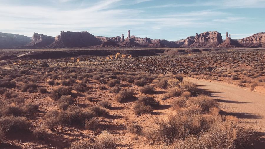 Valley Of The Gods Sky Land Nature Sand Cloud - Sky Sunlight Day