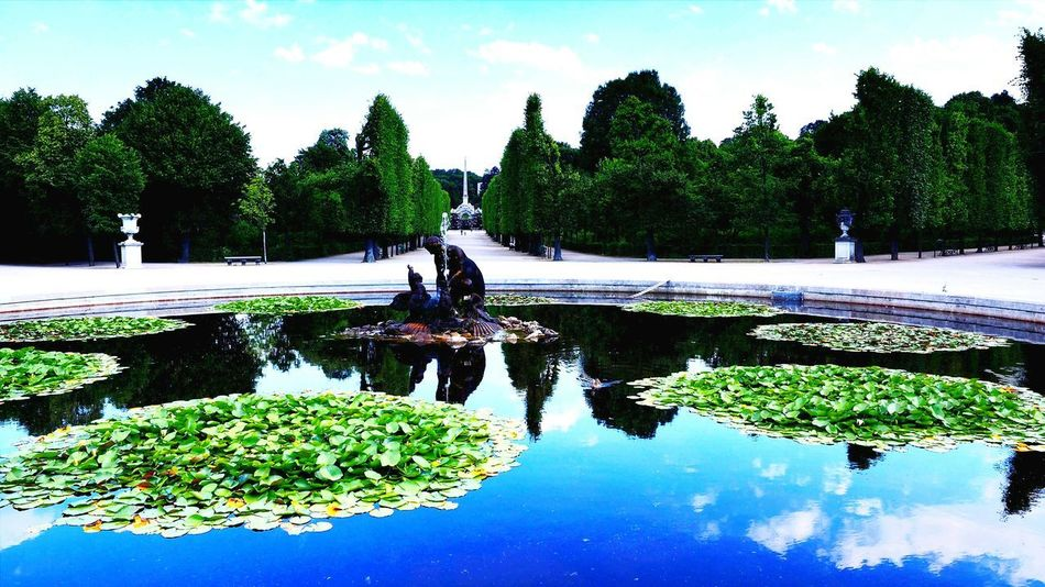 Wien Vienna Reflection Water EyeEmBestPics Romantic❤ EyeEm Best Shots Romantic Landscape Outdoors Park Schlosspark Brunnenfigur Nature Eye For Photography Eye4photography  EyeEmBestEdits Must See EyeEmbestshots EyeEm Best Edits Tourist Attraction