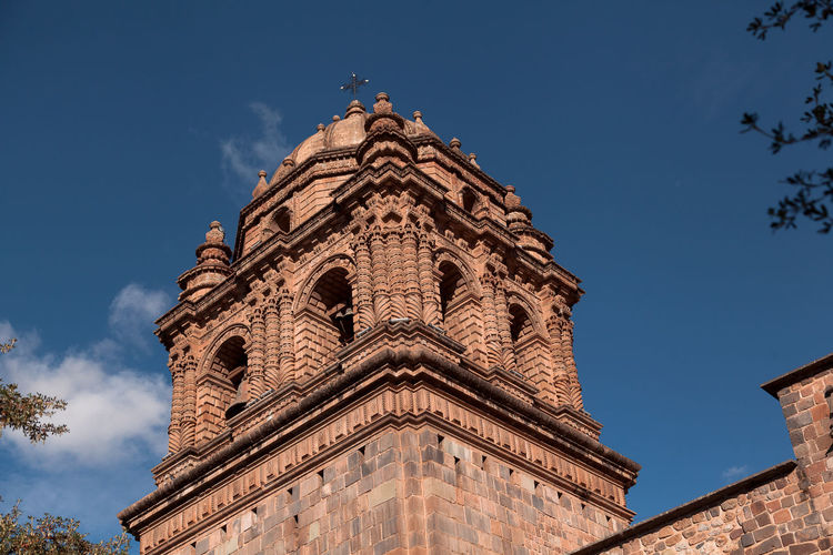 Iglesia Cusco Coricancha Religion Religious  Cúpula Cupule Sky Architecture Built Structure Low Angle View Building Exterior Belief Place Of Worship Spirituality The Past History Building Nature No People Travel Destinations Day Tower Blue Spire