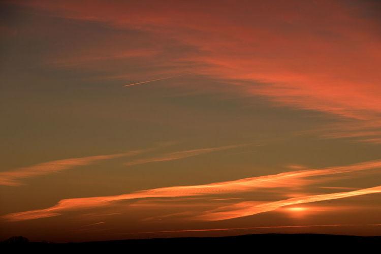 #countrysunrise #landscapesunri Clould Horizon Over Land Landscape Morning Orangeand Pink Sunlight