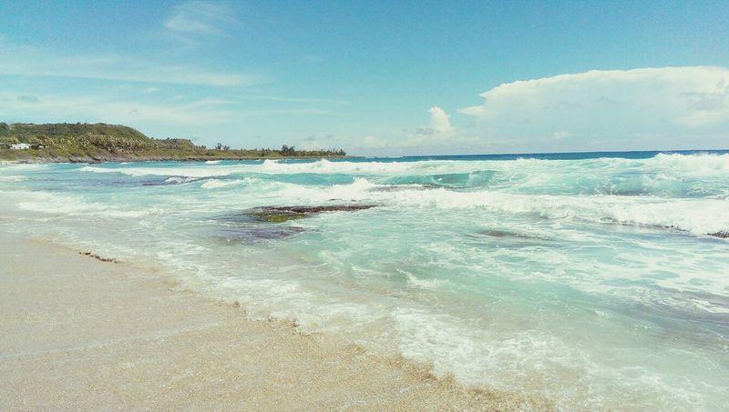 一直被海浪打巴掌?這裡的砂好大顆今天已全身去角質失去掌紋? Beach 墾丁 浪 Sea
