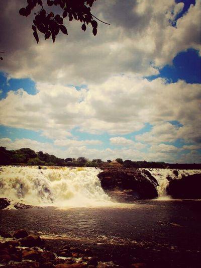 Relaxing Definitivamente como el cielo de Puerto Ordaz no hay.... Parque La Llovizna GUayana..... Hello World