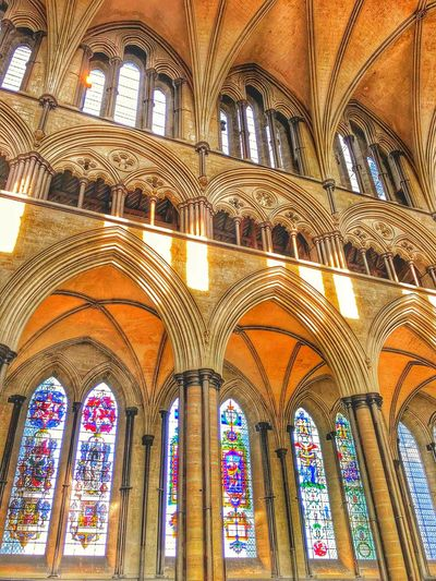 Traveling throughout London Place Of Worship Religion Spirituality Window Arch Art And Craft Architecture Built Structure Stained Glass Architecture And Art Historic Interior Architectural Detail Passageway Architectural Column History The Architect - 2018 EyeEm Awards