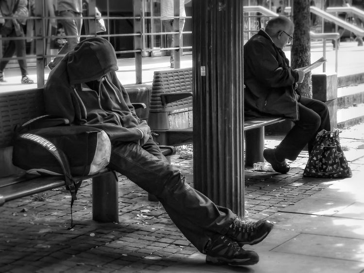 Why is it sometimes we can not see the homeless even when they are right near us. Another capture in my series homeless of Manchester and people of Manchester City Life Eyeemphoto Hdr_captures EyeEm Best Shots - HDR Close Up Malephotographerofthemonth Close Up Photography Extreme Close Up Check This Out Eyeem Photography Homeless Of Manchester Uk Homeless Awareness Homeless No More People Of Manchester Black & White Black And White Photography Black & White Photography Black & White Portrait Bnw_captures B&w Street Photography Street Life Street Photography