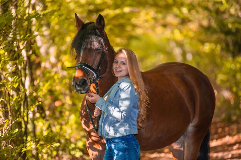 A new startup for her live ....... moving forward .My girl and our horse on Sunday afternoon walk during fall season emotional moments in a colorful world 🌍 Beginning her photo modeling career EyeEm Masterclass Horseback Riding Horse Photography  Horse Life Modeling Model Portrait EyeEm EyeEmBestPics Eyeemphotography EyeEm Best Shots EyeEmNewHere EyeEm Nature Lover EyeEm Selects EyeEm Gallery Photooftheday Photography Mammal Domestic Animals Domestic Pets Women Childhood Leisure Activity Females Positive Emotion Emotion Girls Horse EyeEmNewHere