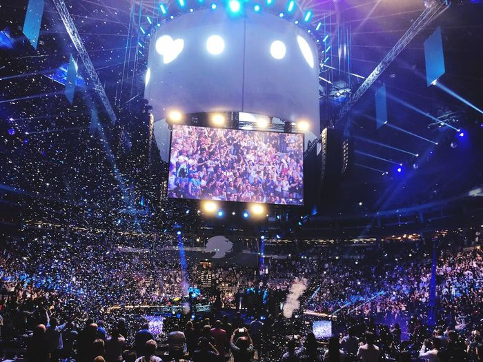 Nice Seminar with Eric Worre Myworld Lyconet Prague Eric Worre Business Seminar Crowd Performance Arts Culture And Entertainment Music Large Group Of People Night Group Of People