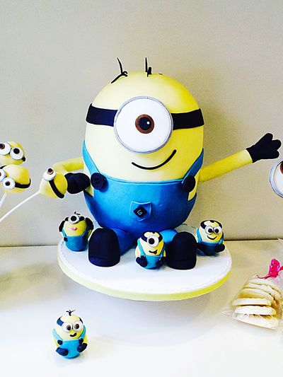 Minions cake 👉🏻💛🌟