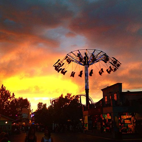 Fun day at Elitchgardens Amusementpark The Sunset was gorgeous! Pretty In Pink Clouds And Sky