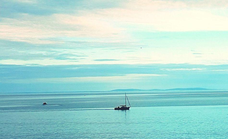 Boat Floating Sunset Sea Calm Beautiful Serene